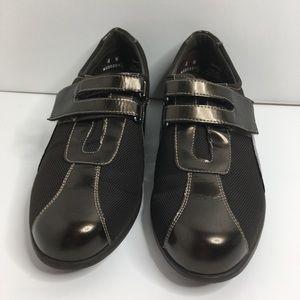 Munro American Sport comfort shoes Women Size 8W.